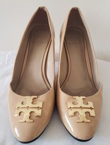 TORY BURCH Nude patent leather pumps size 7.5